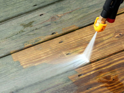 Pressure cleaning of house and apartments